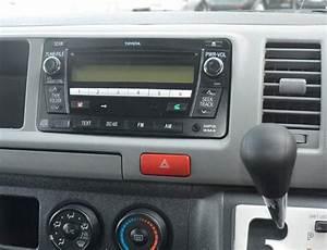 Toyota Hiace 2004