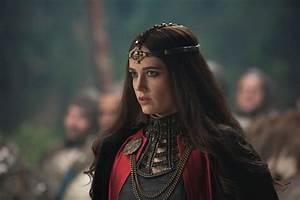 Photo: Morgan (Eva Green) - Camelot (6).jpg | Costumes ...