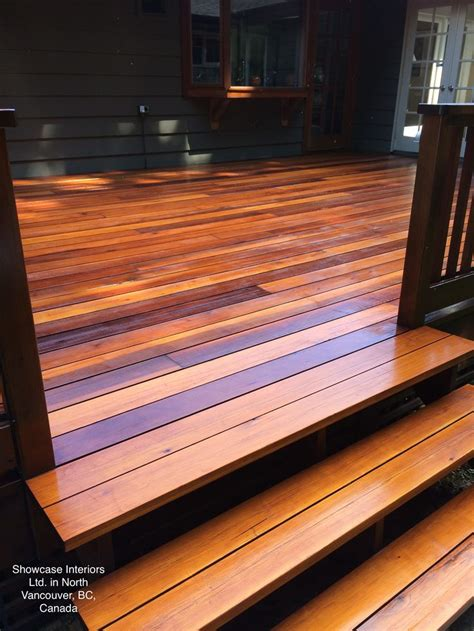 custom clear cedar deck sikkens srd  natural oak