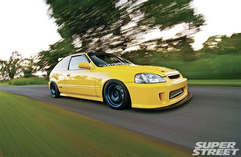 2000 Honda Civic Type R - Aggressive Progression Photo