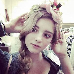 17 Best images about Willow Shields on Pinterest | Short a ...