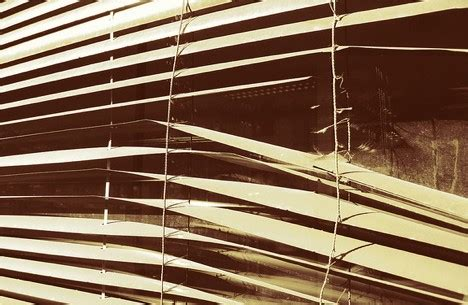 How To Repair Window Blinds  Expert How