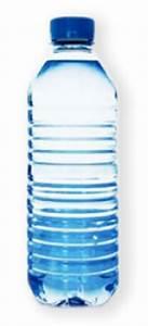 Bouteille En Plastique Vide : trier et recycler les bouteilles en plastique ~ Dallasstarsshop.com Idées de Décoration