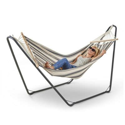 Hammock And Frame by Buy Vonhaus Hammock With Frame Free Standing Hammock For