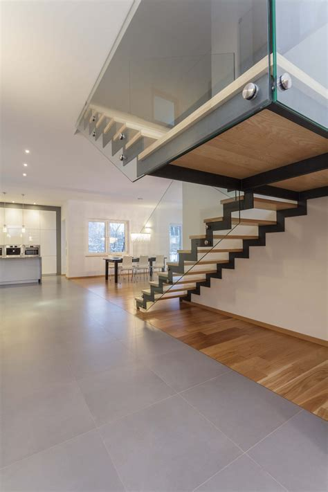 Treppe Holz Metall by 33 Extravagante Moderne Treppe Designs Home Deko