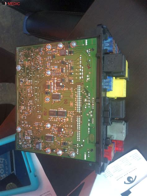 repair voice data communications 2011 mercedes benz s class instrument cluster mercedes benz sam signal acquisition module explained