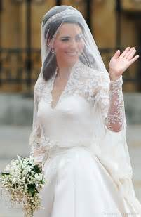 wedding dress me 301 moved permanently