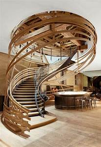 Pouf En Bois : 43 photospour fabriquer un escalier en bois sans efforts ~ Teatrodelosmanantiales.com Idées de Décoration