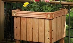 pot coffre en bois With idee amenagement jardin avec piscine 6 le chalet de jardin qui va vous charmer archzine fr
