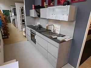 Arbeitsplatte Küche Beton Preis : nobilia musterk che nobilia k che riva beton grau ausstellungsk che in von ~ Sanjose-hotels-ca.com Haus und Dekorationen