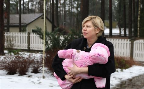 Veselības ministres Andas Čakšas meita būšot aktīva un ...