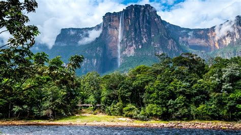 venezuela falls angel climate weather summer travel waterfall highest priority vacationing safety temperature bookmundi river