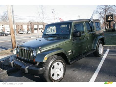 jeep metallic 2007 jeep green metallic jeep wrangler unlimited sahara