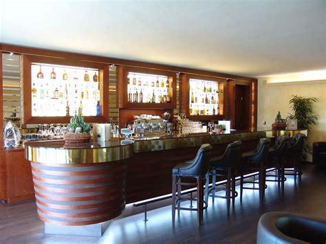 Arredi Bar Moderni by Arredamenti Bar Pasticcerie Ristoranti Alberghi Omif Siena