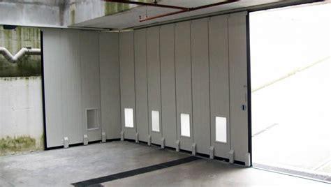 Porte Per Box Auto by Porte E Portoni Garage Scorrevoli Laterali E Verticali
