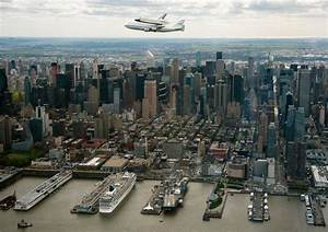 Space Shuttle Enterprise Arrives in New York City (Pictures)