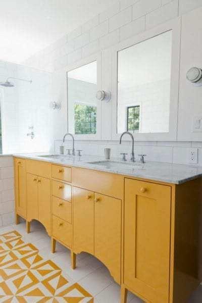 Colorful Bathroom Vanities by Remodelaholic 25 Inspiring And Colorful Bathroom Vanities