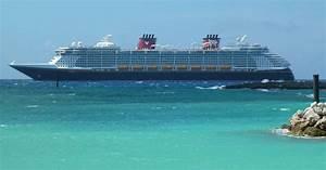 Cruise ship tours: Disney Dream, Fantasy compared