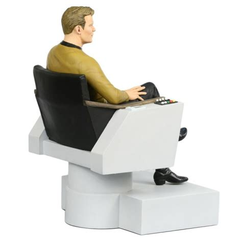 trek captains chair size trek tos statue t kirk in captain 180 s chair 26 cm