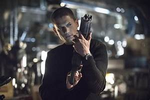 The Flash Season 1 Episode 4, Going Rogue Clip and Images ...