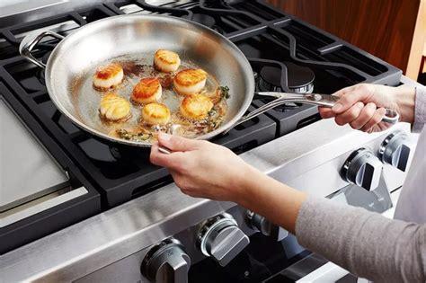 put  stainless steel pan   oven quora