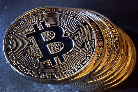 bid coin bitcoin drops 50 percent from its peak value as it falls