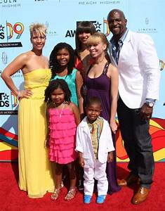 TERRY CREWS AND FAMILY AT THE 2009 BET AWARDS SHOW