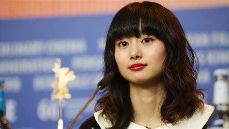 Shiori Suwano очень классная порнуха Russkie Prostitutki