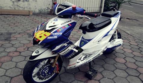 Modif Mio Soul Racing Look by Modifikasi Motor Matic Yamaha Mio Soul Konsep Racing Look