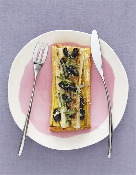 recette cuisine legere tarte légère aux poireaux pour 4 personnes recettes à table