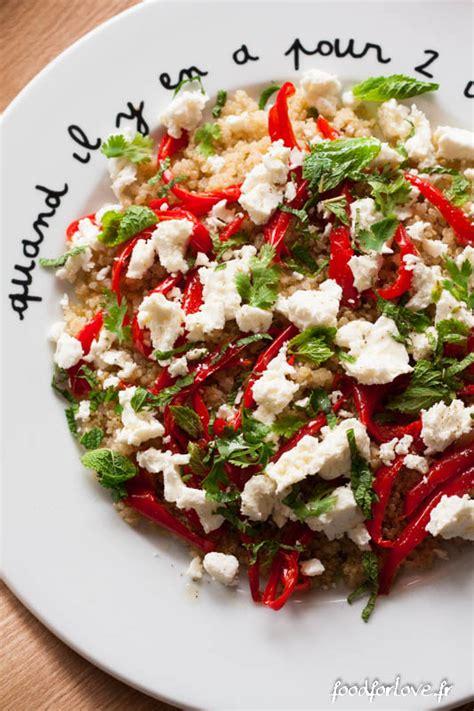 cuisiner quinoa salade de quinoa poivrons rôtis à l 39 ail fêta menthe et