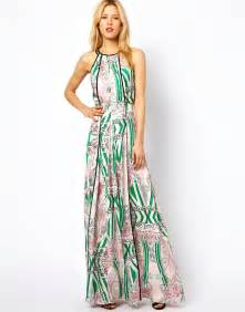 get the look olivia munn s lovers amp friends maxi dress