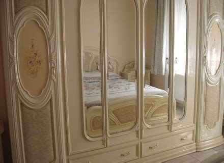 modeles armoires chambres coucher modèle armoire de chambre a coucher