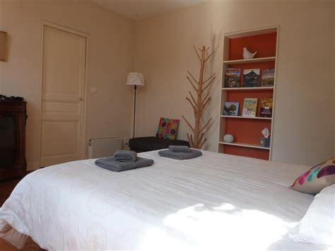 chambre pour 1 personne dans chambre orange 1 nuit pour 2 personnes