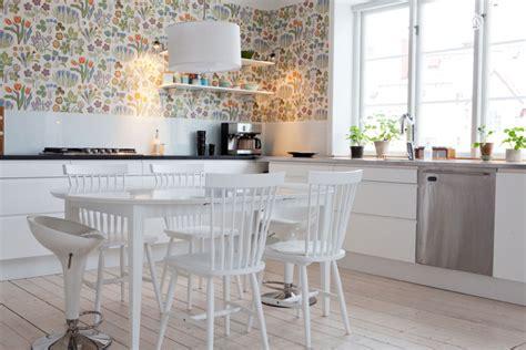 revetement mural plastique cuisine revêtement mural cuisine murs personnalisés design sympa