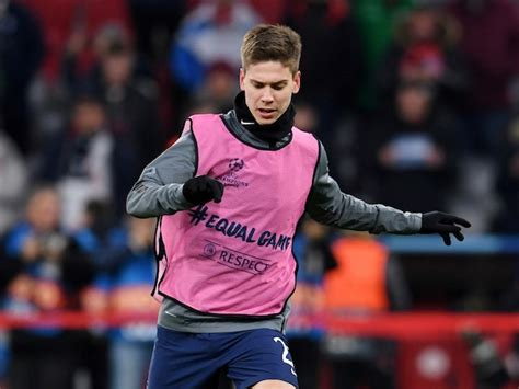 Juan Foyth signs new Spurs deal, moves to Villarreal on ...