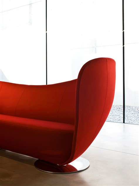 mon coeur sofa  la cividina design peter harvey