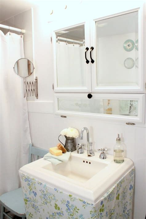 Shabby Chic Badezimmer Accessoires by Looking Lowes Medicine Cabinets Look Toronto Shabby