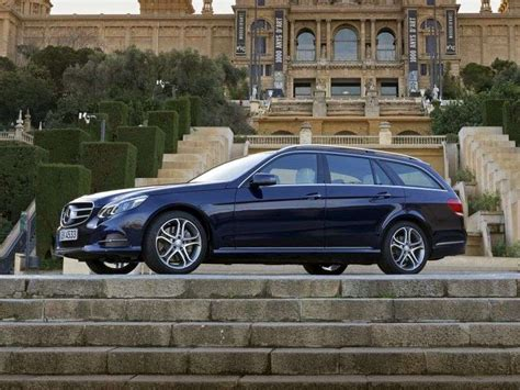 The body styles of the range are: Mercedes-Benz E-Class W212 / S212 / C207 / A207 restyling 5-speed wagon. E 200 7G-Tronic Plus ...