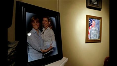 Military S Same Sex Couples Seek Overturn Of Doma Cbs Com