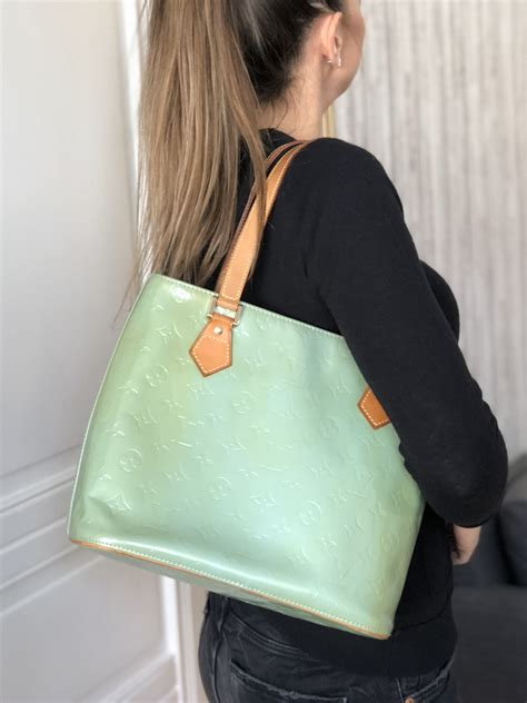 louis vuitton houston vernis leather baby blue luxury bags