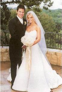 throwback thursday 2002 jessica simpson and nick lachey With jessica simpson wedding dress