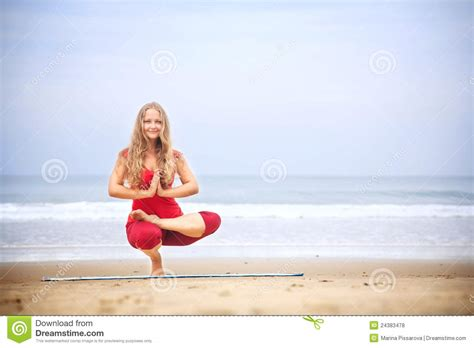 Yoga Balancing Asana On Toes Royalty Free Stock Photos