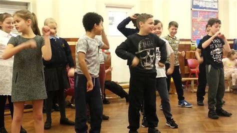 Harry 5k Assembly (nay-nay Dance)