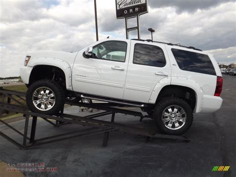 hayes auto repair manual 2011 chevrolet avalanche free book repair manuals 1000 ideas about chevrolet tahoe on 2008 chevy avalanche 2015 chevy tahoe and 2007