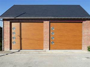 porte style bois avec hublots smf services With porte de garage et double porte bois