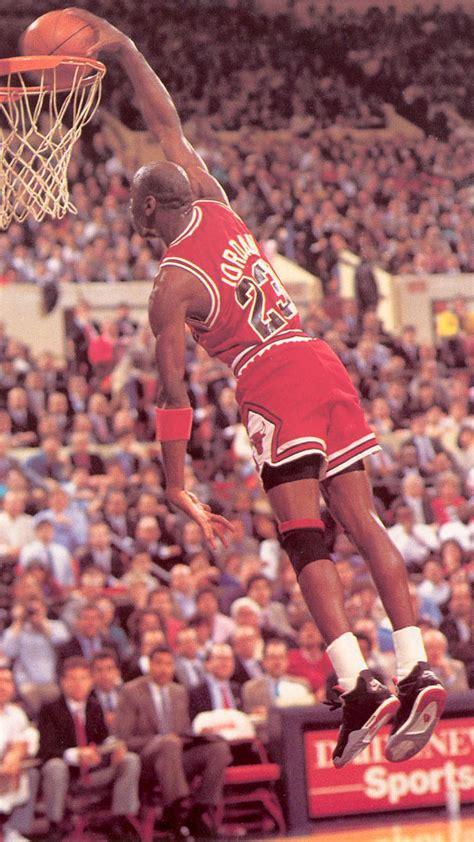 Chicago Bulls Iphone 5 Wallpaper Michael Jordan Wallpaper For Iphone Wallpapersafari