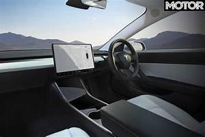 2019 Tesla Model 3 Performance configurator details