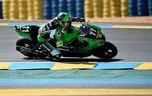 Heure Moto Gp : 24 heures la kawasaki n 11 avec de puniet en t te moto ~ Medecine-chirurgie-esthetiques.com Avis de Voitures