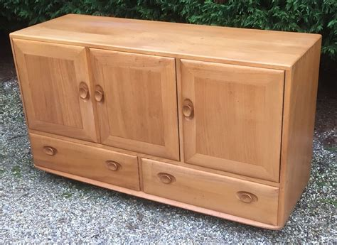 Ercol Sideboard by Retro Ercol Sideboard Clean Condition 2